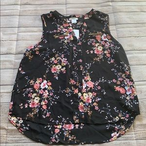 Floral blouse size large on sale